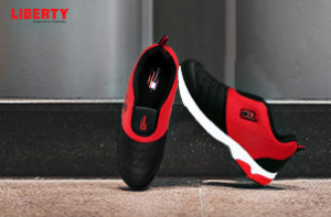 Men's Red Sports Shoes