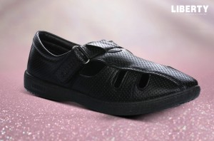 Skip to the end of the images gallery Skip to the beginning of the images gallery Gliders Men's Black Formal Shoes