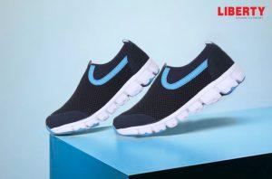 Force 10 blue non-lacing shoes